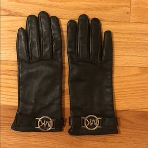 Micheal Kors real leather gloves
